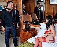 Анальный секс именинника с красивой молодой проституткой в красном нижнем белье - 2