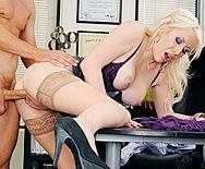 Смотреть горячее порно с опытной блондинкой с большими сиськами - 3