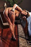 Смотреть домашний анальный секс с сучкой с огромными сиськами #3