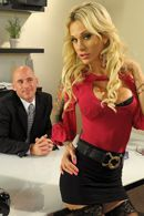 Стройная секретарша с красивыми сиськами занимается сексом с боссом #5