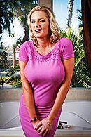 Смотреть межрасовый секс негра со взрослой блондинкой #1