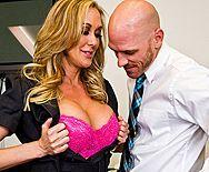 Жаркий секс со зрелой привлекательной блондинкой - 1