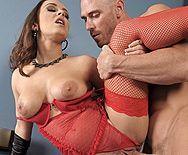 Смотреть домашний секс с аппетитной шатенкой в эротическом красном белье - 4