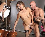 Порно фотографа с сексуальной моделью - 3