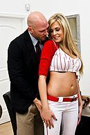 Смотреть красивый секс блондиночки с большими сиськами #5