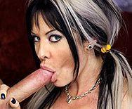 Нежный секс с молоденькой девушкой с упругими сиськами - 2