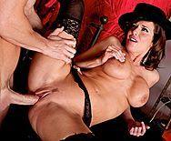 Порно привлекательной взрослой дамочки с режиссером - 3