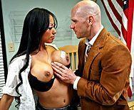 Смотреть секс препода с горячей азиаткой в чулках - 1