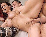 Бурный секс брутального парня со страстной зрелой любовницей - 3
