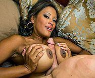 Межрасовый секс с восхитительной азиаткой - 2