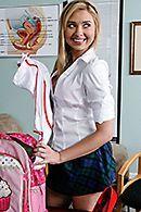 Чувственный трах с молоденькой сексуальной блондинкой в униформе #5