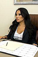 Смотреть красивый секс в офисе с молоденькой азиаткой в чулках #5