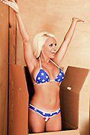 Смотреть горячее порно с сексуальной блондинкой с большими сиськами #5