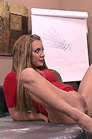 Обильный сквирт блондинки в процессе жаркого секса #3