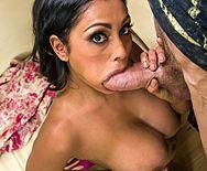 Секс в пизду зрелой брюнетки с большими сиськами - 2