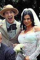 Смотреть страстный секс с невестой на свадьбе #5