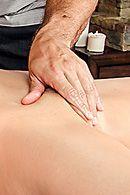 Смотреть порно сексуальной желанной брюнетки с массажистом #2