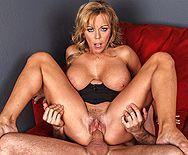 Горячее порно с шикарной блондинкой - 4