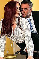 Смотреть горячий секс в офисе с горячей рыженькой партнершей #2