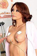 Порно гинеколога со стройной развратной пациенткой #2