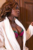 Межрасовый секс с негритянкой после массажа #2
