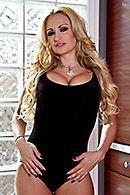 Жаркий анал лысого с пышногрудой зрелой блондинкой #1