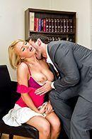 Жесткий секс с ненасытной блондинкой с большими сиськами #2