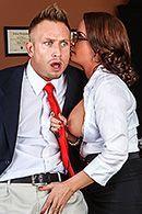 Анальный секс с секретаршей в институте #2