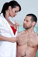 Смотреть порно сексуальных брюнеток с другом #2