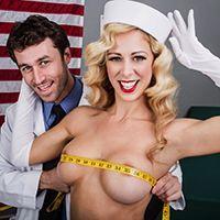 Смотреть секс сисястой блондинки с доктором