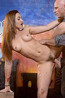 Смотреть порно милая худенькая девушка скачет на большом члене #5