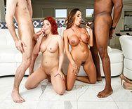 Смотреть групповое порно с молоденькими проститутками - 3