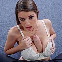 Горячий секс с молоденькой девушкой в эротическом белье