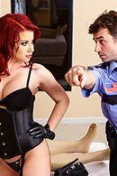 Страстный секс охранника с пышной симпатичной дамой в униформе #3