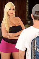 Красивый секс втроем с шикарными блондинками #3