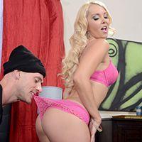 Смотреть порно красивой блондинки с грабителем