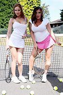 Смотреть анальный секс втроем с пышногрудыми теннисистками #1