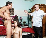 Чувственный секс с худенькой молодой студенткой - 5