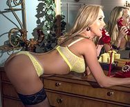Смотреть горячее порно доктора с восхитительной зрелой блондинкой - 1
