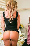 Красивый и страстный секс со взрослой блондинкой #2
