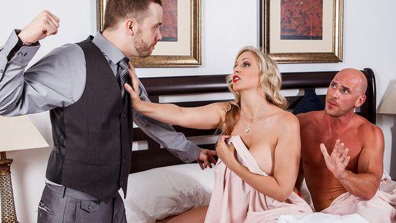 Шикарный секс лысого с пышногрудой блондинкой в возрасте