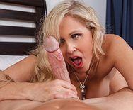 Шикарный секс лысого с пышногрудой блондинкой в возрасте - 3