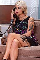 Смотреть страстный анал с худенькой татуированной блондинкой #2
