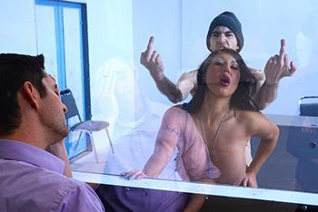 Смотреть жаркий секс пышногрудой латинки и худого парня