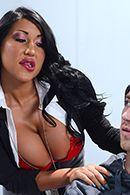 Смотреть жаркий секс пышногрудой латинки и худого парня #4
