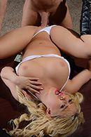 Шикарный секс в офисе с горячей блондинкой в сексуальных чулках #4