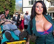 Безумный секс с шикарной медсестрой с гигантскими сиськами - 1