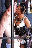 Ненасытная брюнетка сквиртит от анального секса #3