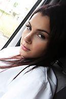 Порно с молоденькой медсестрой в машине скорой помощи #2