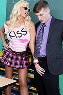 Порно препода с пышной привлекательной студенткой #2